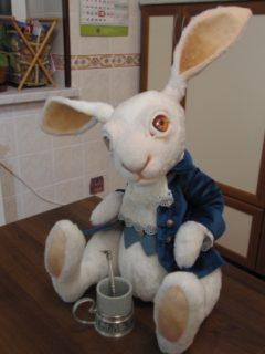Кролик Алиса в стране чудес мягкая игрушка