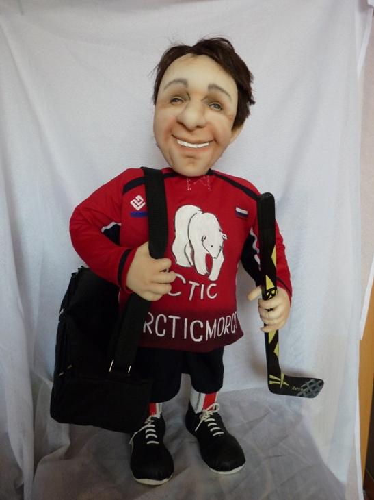 Кукла-шарж хоккеист