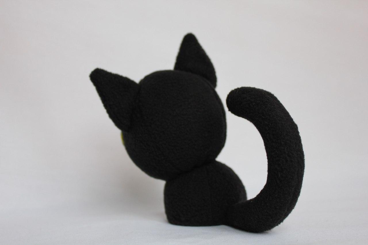 Котенок с большими глазками игрушка