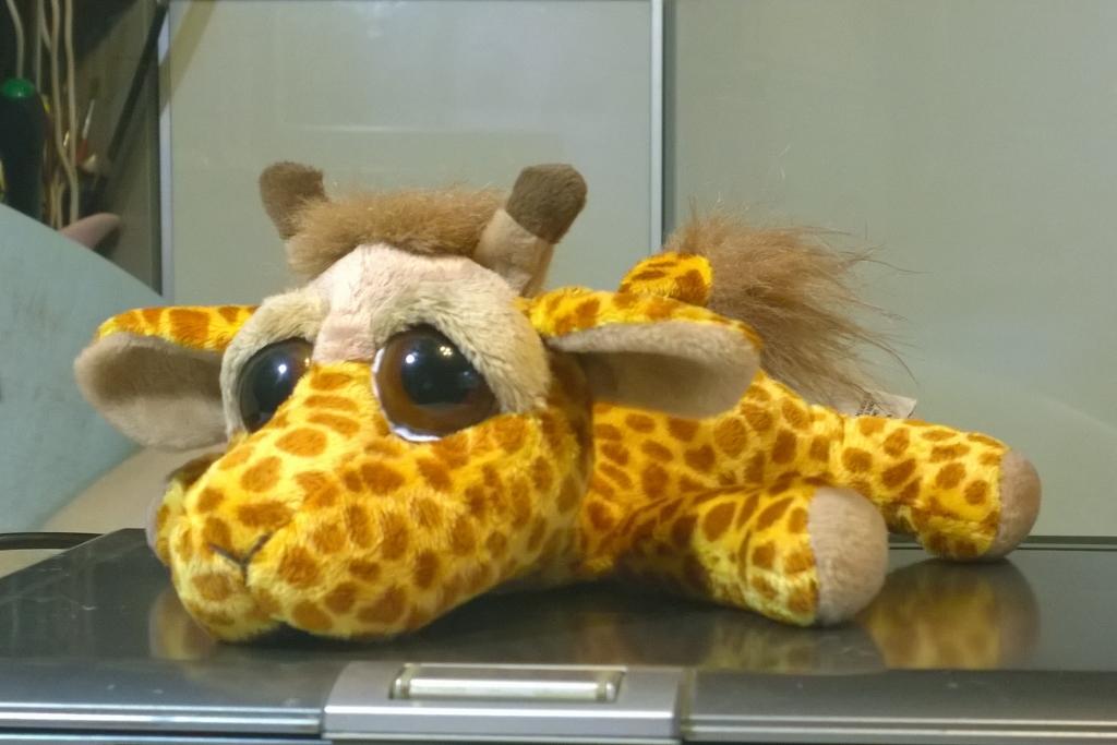Жираф игрушка